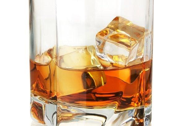 Miranda Lambert Admits To Drinking After Divorce